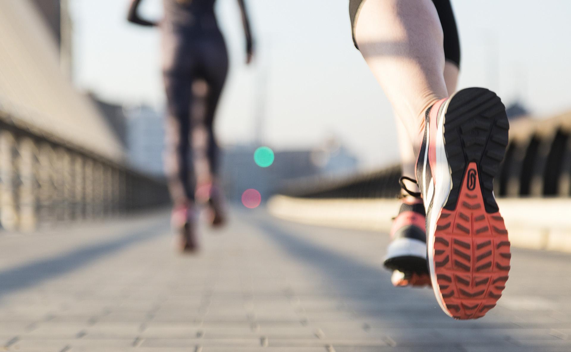 Zoom femme running